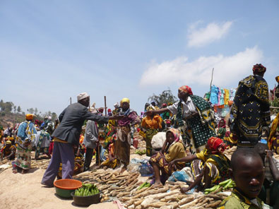 Market day in Sambara mountain town, Tanzania