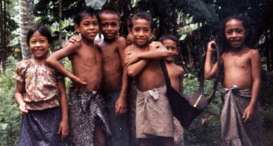 Cute, but tough, Samoan kids