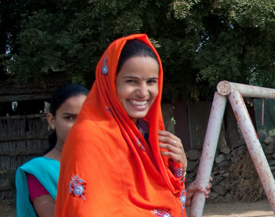 A beautiful woman on the streets of Jaipur, Rajasthan, India.