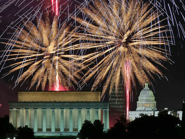 Capitol Fireworks, Getty image