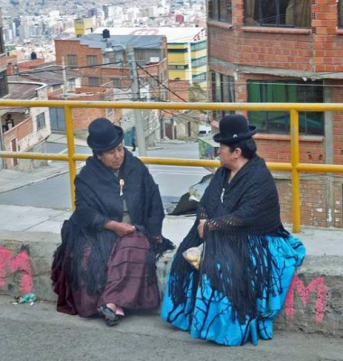 Cholitas in la Paz, Bolivia