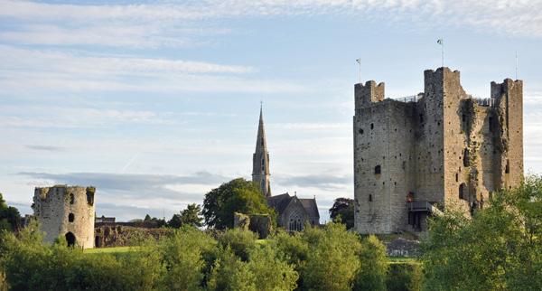 Irish Castle by GoErinGo