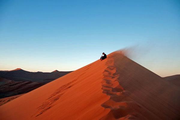 Lance Sitting Dune 45 photo by GoErinGo