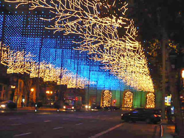 Madridi Xmas Lights, photo by Go Erin Go