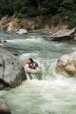 Rafting the Rio Cangrejal