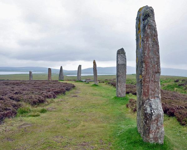 Stone-Half-Circle Orkney, photo by GoErinGo