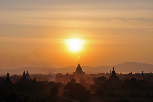 Sunset in Bagan, Burma © GoErinGo