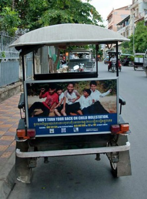 Tuk Tuk with ChildSafe sign
